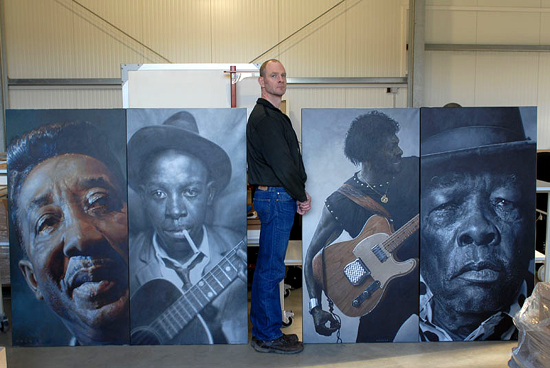 Sebastian Krüger with 4 Blues paintings